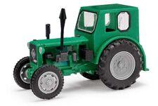 Busch 210006410 - 1/87 / H0 Traktor Pionier - Grün Exquisit - Neu
