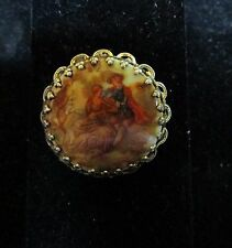 Vintage Signed Fragonard Porcelain Cameo Couple Courting Brooch / Pin Pendant