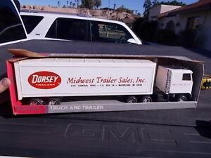 Vintage Ertl Chevy Titan Semi Truck Tractor Dorsey Dealer Midwest Trailer Sales