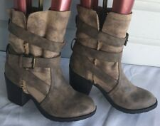 Report Yurick Beige Faux Shearling Lined Short Belted Boots Size 8.5