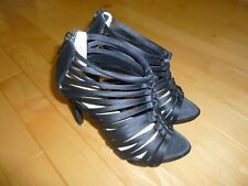 BCBG High Heel Shoes Very Cute! Sexy Classy -- New without Box