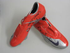 HARRY KEWELL Hand Signed Pair Football Boots 2 *BUY GENUINE*