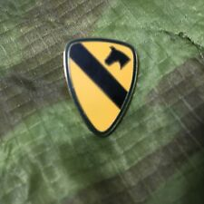 Us Army 1St Cavalry Division Hat/Lapel Pin