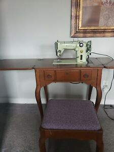 Singer Sewing Machine 319W ZigZag Green Wooden Table Vintage Not  Working