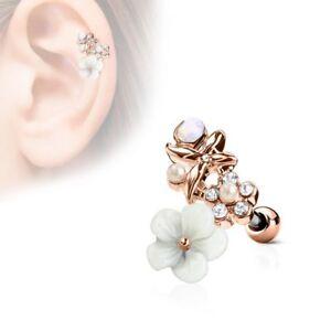 Piercing cartilage hélix fleur blanche plaqué or rose