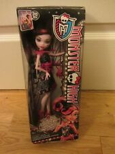 MONSTER HIGH DRACULAURA DOLL NEW & BOXED 2013 MATTEL SCUFFS TO BOX
