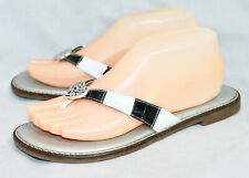BRIGHTON Orla Black White Croco Embossed Leather Flip Flops Wo's 8.5 Heart Charm