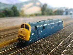 Minitrix N Scale BR Class 42 Diesel D823 Hermes