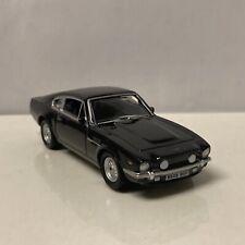 1987 87 Aston Martin V8 Collectible 1/64 Scale Diecast Diorama Model