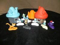 lot jouets Toys maison et figurines SCHTROUMPFS THE LOST VILLAGE mac do