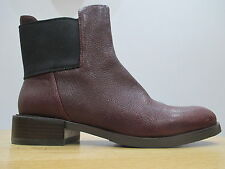 Clarks Women's Textured Ankle Boots