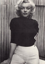 Postkarte, Marilyn Monroe in cooler Pose (Film - Schauspielerin)