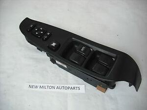 1998-2003  3RD GEN SUBARU LEGACY DRIVERS FRONT DOOR ELECTRIC WINDOW SWITCH PACK