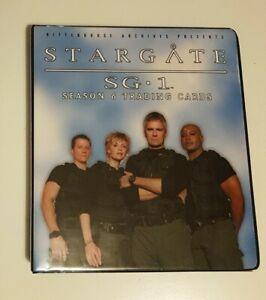 Stargate SG1 Season 6 Trading Card Collectors Binder (Rittenhouse, 2004)