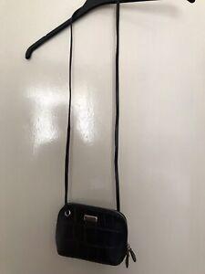 Brand New OSPREY BLACK LEATHER  BAG SMALL