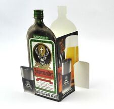 Jägermeister USA tavolo sul piatto shot and a beer! ICE COLD inquadrature!