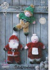 King Cole 9029 Père Noël/Elf/Mme Noël Guirlandes Original Knitting Pattern