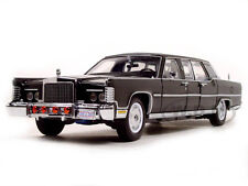 1972 LINCOLN CONTINENTAL REAGAN LIMOUSINE BLACK 1/24 BY ROAD SIGNATURE 24068