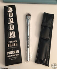 Bare Escentuals Buxom Eyeshadow Brush for Stay There Eyeshadow