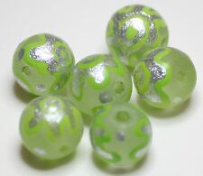 6 INDIAN HAND PAINTED PALE GREEN/SILVER 12mm ROUND GLASS BEADS (BBB550)