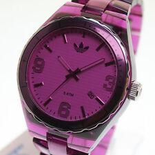 adidas Armbanduhren aus Kunststoff mit 12-Stunden-Zifferblatt
