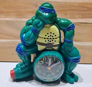 Retro Teenage Mutant Ninja Turtle Leonardo TMNT Alarm Clock 1990 Mirage Studios