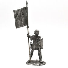 54mm miniature French Knight with banner 14th century 1:32 toy figures