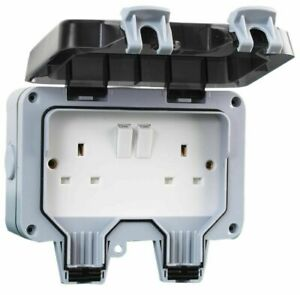 PRO ELEC 13A Outdoor DP Twin Switched Socket IP66