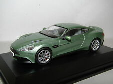 OXFORD DIECAST ASTON MARTIN VANQUISH COUPE APPLETREE GREEN 1/43 AMV001