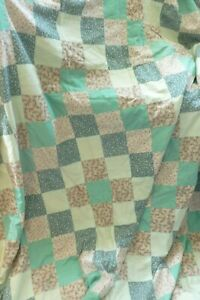 Handmade vintage style patchwork squares king size quilt bedspread throw VGC