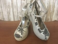 ~VOLATILE~ Camouflage Suede Wedge Ankle Wrap Heels Size 9 NWOB!