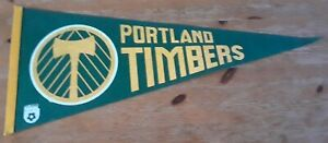 Vintage PORTLAND TIMBERS Pennant - Defunct NASL soccer team flag 1970s