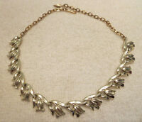 Vintage Gold Tone Tulip Collar Necklace