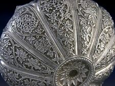 BEAUTIFUL QUALITY ANGLO INDIAN SILVER FLOWER EMBOSSED BOWL c1880 ANTIQUE 130g