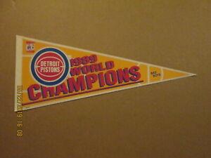 NBA Detroit Pistons Vintage 1989 WORLD CHAMPIONS Team Logo Basketball Pennant