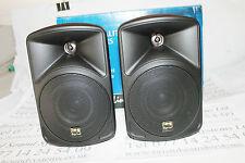 Pair Stageline PAB-416 speakers 16 ohms 30w maximum. With wall brackets. Black