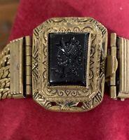 Vintage Black Glass Intaglio Reverse Carved Roman Cameo & Brass Chains Bracelet