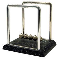 Newtons Cradle - Marble Impression