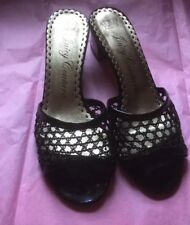 JUICY COUTURE Black Patent Leather Crocheted Mesh Slide Sandals Heel ~7.5 USA