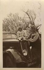 PHOTO ANCIENNE - VINTAGE SNAPSHOT - VOITURE PEUGEOT 201 ENFANT CAPOT - CHILD CAR