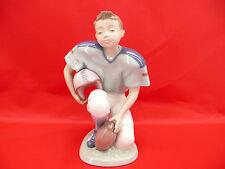 Lladro 6107 Football Player