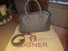 Aigner Handtasche neu, Luxus,Leder, Grau Neupreis lag bei 649,- €