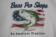 Bass Pro Shop An American Tradition T-Shirt Large