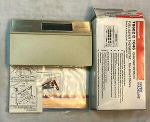 Honeywell Chronotherm III T8602C1046-9751 Heat/Cool Control Thermostats THREE
