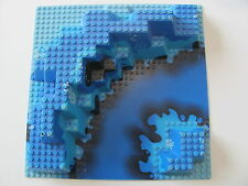 LEGO 6024 @@ Baseplate, Raised 32 x 32 Canyon with Blue Underwater Pattern @@ 32
