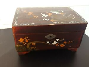 Vintage Antique Hand Painted Abalone? Inlaid Wooden Jewellery Music Box with Key