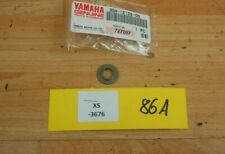 Yamaha YZF-R1/ FZ1 3GM-12126-00-00 SEAT,VALVE Original Genuine NEU NOS xs3676