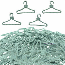 Wholesale 100 Vintage Bowknot Plastic Hanger For Barbie Doll Clothes Dress Toy U