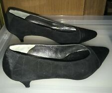 New Susan Bennis 8B Black Textured Suede Hand Made Italy New Run Small SALE