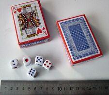 2 paquetes de las tarjetas de juego nuevo sellado plástico recubierto de (), y 5 Dados Cubo (14mm)